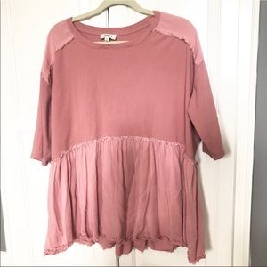 NWOT / Umgee Mauve Pink Distressed Top
